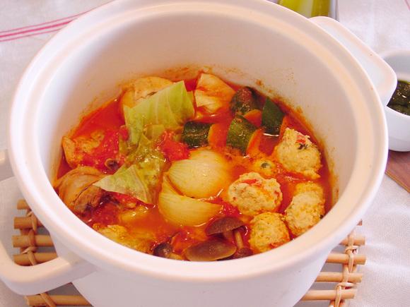 鶏トマト鍋~バジル風味~