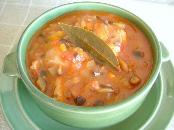 鶏のトマトオリーブ煮