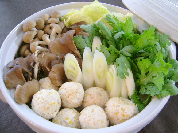 柚子風味鶏団子の塩鍋
