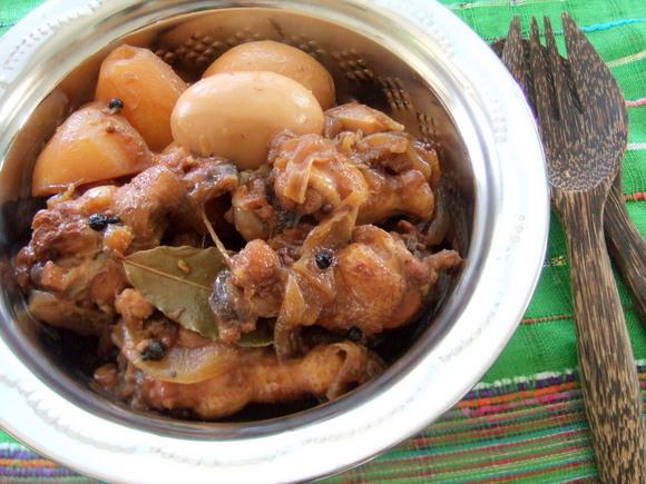鶏肉のやわらかエスニック酢煮