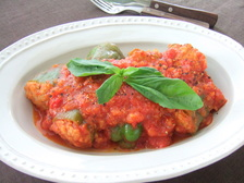 ピーマン肉詰めのトマト煮込み