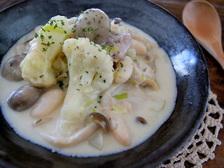 チキンと白いんげん豆のクリーム煮