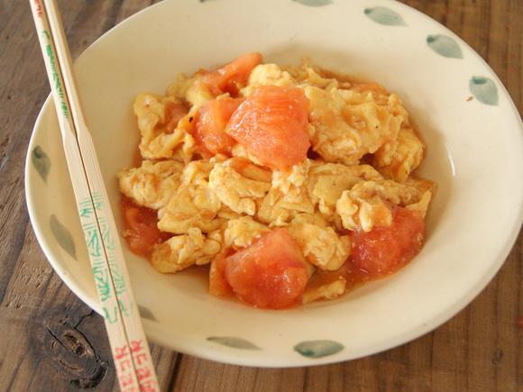 トマトと卵の炒めもの(西紅柿炒鶏蛋)
