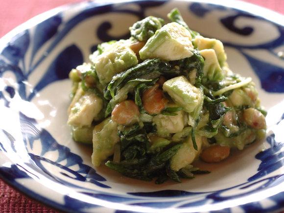 水菜とアボカドの納豆和え
