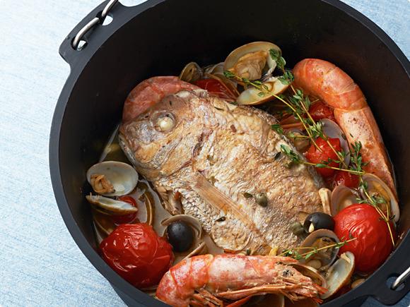 ダッチオーブンで作るアクアパッツァ|キリンレシピノート , とっておきの「おつまみ」から「デザート」まで|キリン