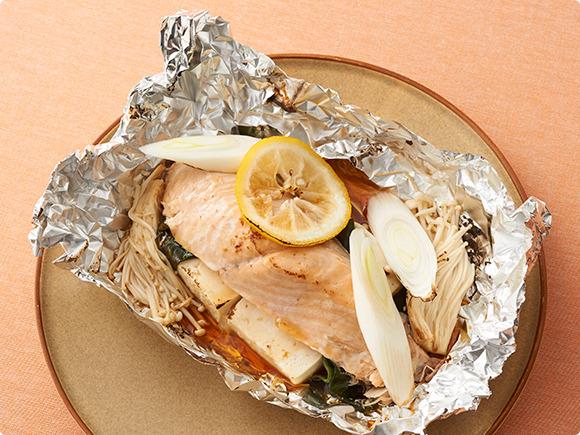 鮭と豆腐のさっぱりホイル焼き